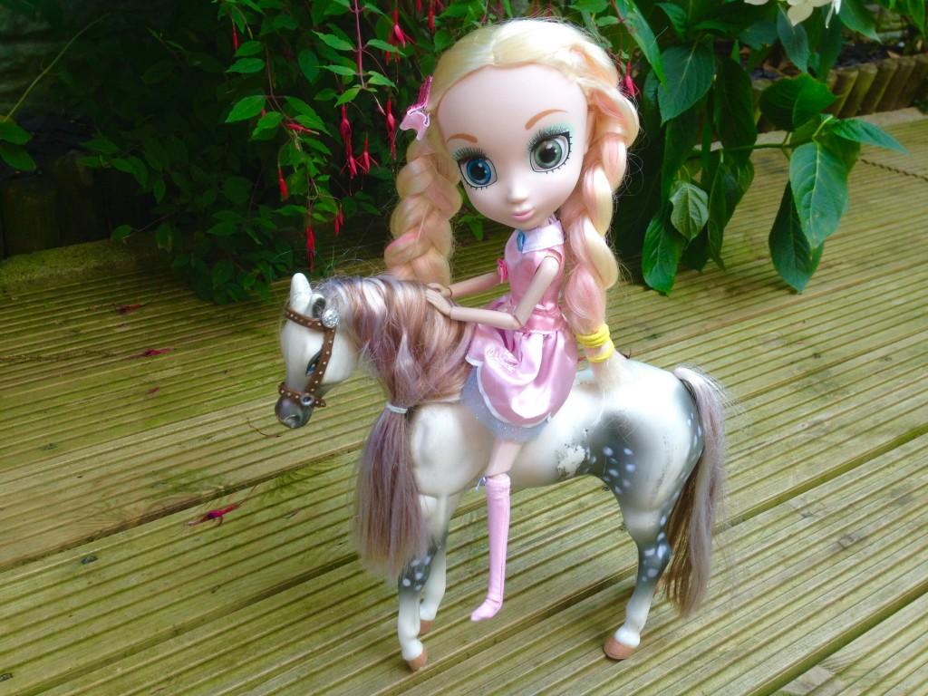 Shibajuku doll on a horse