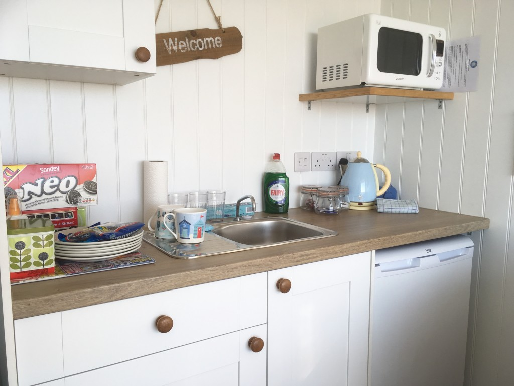 Beach hut kitchen
