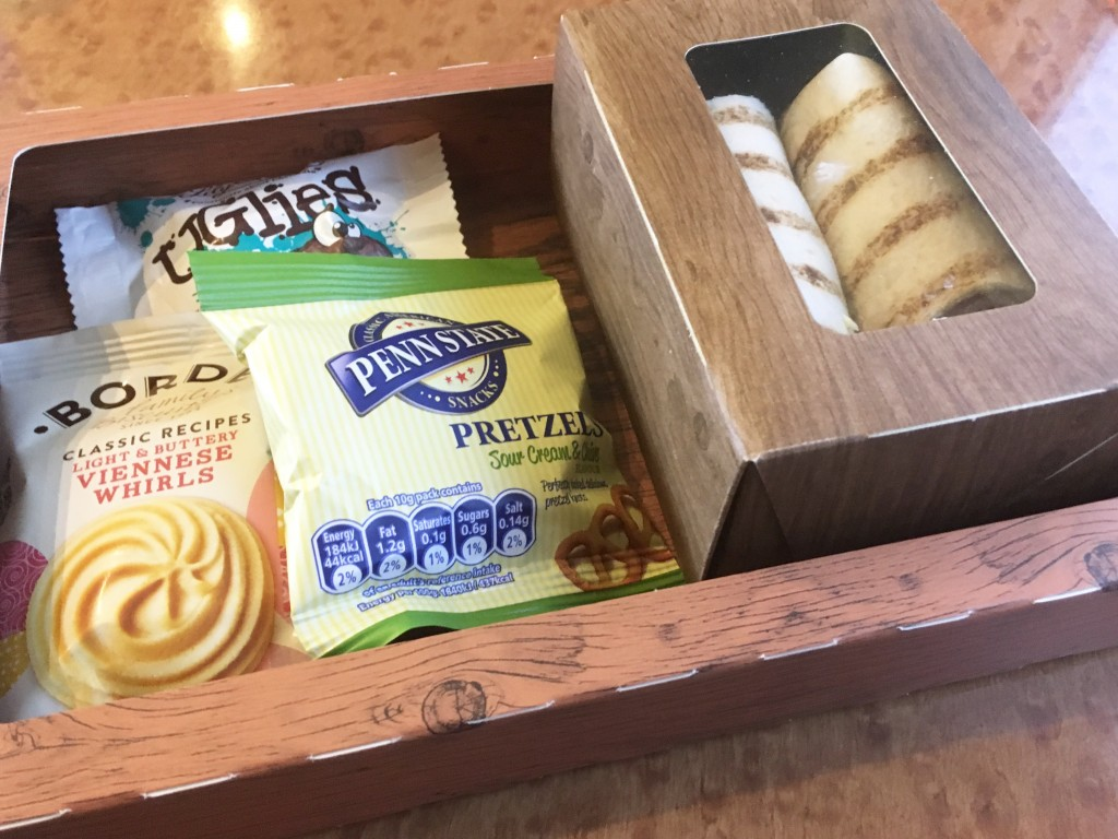Vigin First Class Snack Box