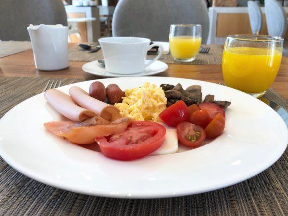 Breakfast in Provence - Ikos Olivia